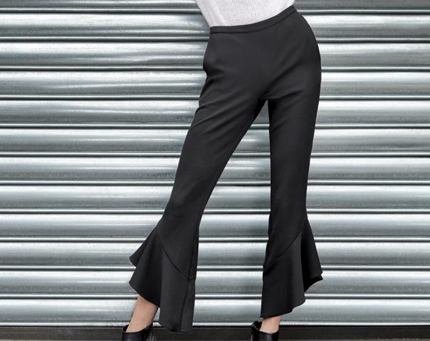 Pantalon avec volants